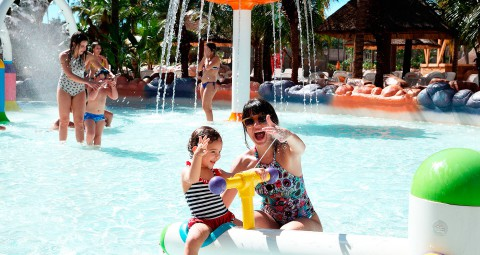 Pacotes e Hosedagem Hot Beach Resort   Olimpia SP